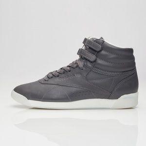 Reebok Freestyle Hi shoes 7.5